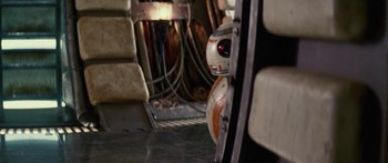 BB-8-comic-con-700x294.jpg